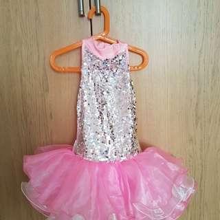 Preloved 5-6 yr old Girls' dance performance costume