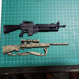 Pair of M16 Machine Gun Sniper Guns 1/6 1:6 1 to 6 Scale for Hot Toys DID Phicen Dam Toys Inflames Soldier Yakuza Mafia Gangster Figure NOT Mcf Mcfarlane Marvel Legends DC Mattel LOTR Star Wars Black Series