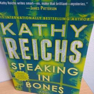 """Speaking in Bones- Kathy Reichs"" paperback"