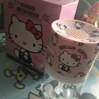 原裝正貨,Hello Kitty 電子香芬座。全新,原價160