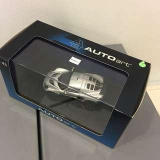 1/43 Lotus Elise. AutoArt