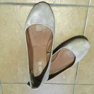 [INCLUDE POSTAGE] Cotton On Flat Shoes #FEB50