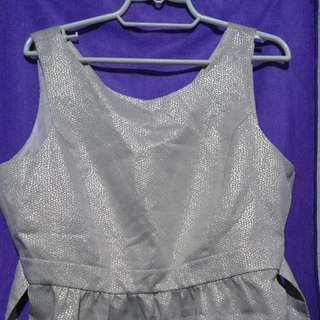 Plus Size Metallic Peplum Top (UK20)