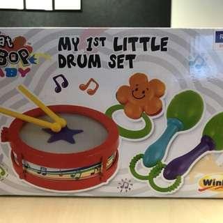 Baby drum, maracas and tambourine set