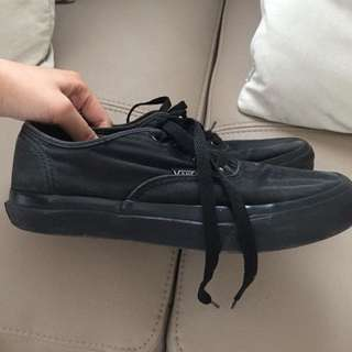 Vans full black woman/man