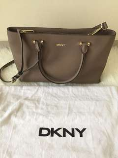 DKNY bag authentic