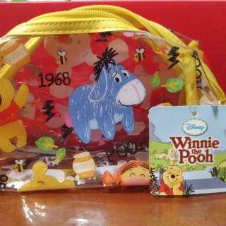 Disney正版維尼熊小包包