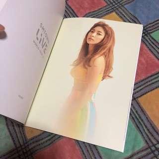 SMTOWN Live World Tour VI Brochure (f(x) Luna)