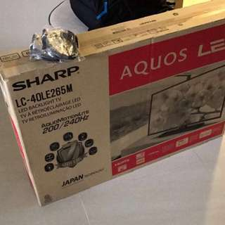 "Sharp Aquos LED 40"" TV USED (DOES NOT COME WITH BOX)"