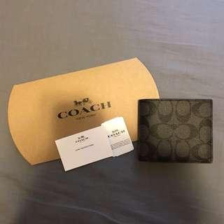 生日禮物之選♥️Coach Compact ID Wallet