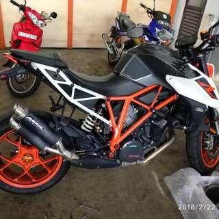 Bodis GPX2-SN (Stainless Steel Black) on KTM 1290R 2017