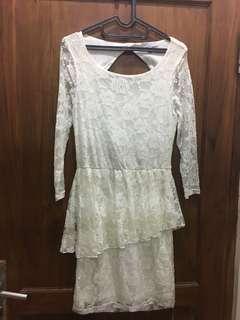Cotton on broken white