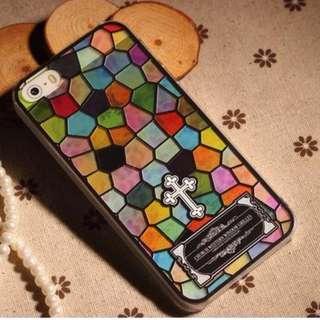 Apple Iphone 5s/SE 大格碎花、小格碎花 彩雕工藝超薄 手機套 特價$85*各餘一件
