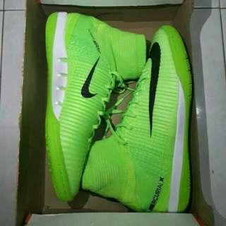 Nike mercural hight cut