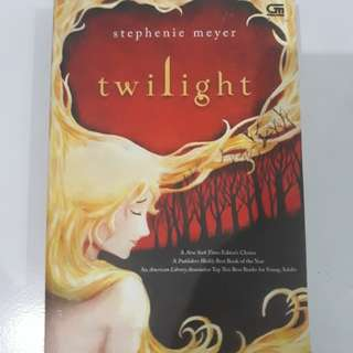 Twilight seri Bahasa Indonesia