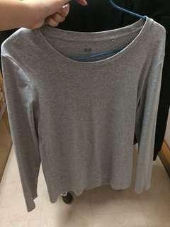 [BN] Uniqlo grey long sleeves top