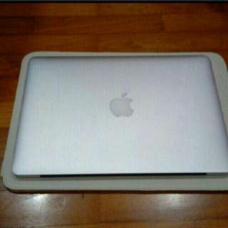 Excellent Condition MacBook Pro Apple Laptop