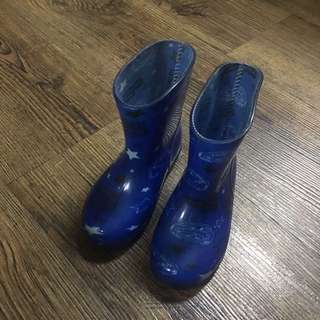 Blue Rainboots for little boys