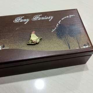 🚚 古早珠寶音樂盒