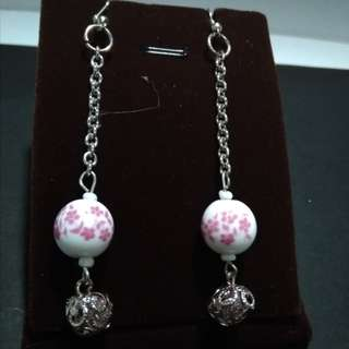 Glass beads dangling earings with beads in silver chain
