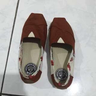 Sepatu wakai asli