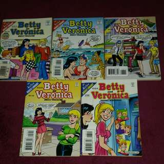 Preloved Archie Comics**