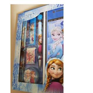 #BRAND NEW# FROZEN Stationery (7-in-one)