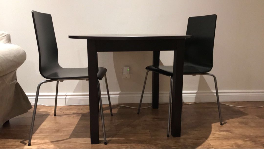 2 seater table set