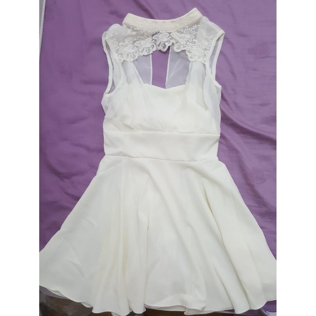【全新】正韓質感米白小洋裝