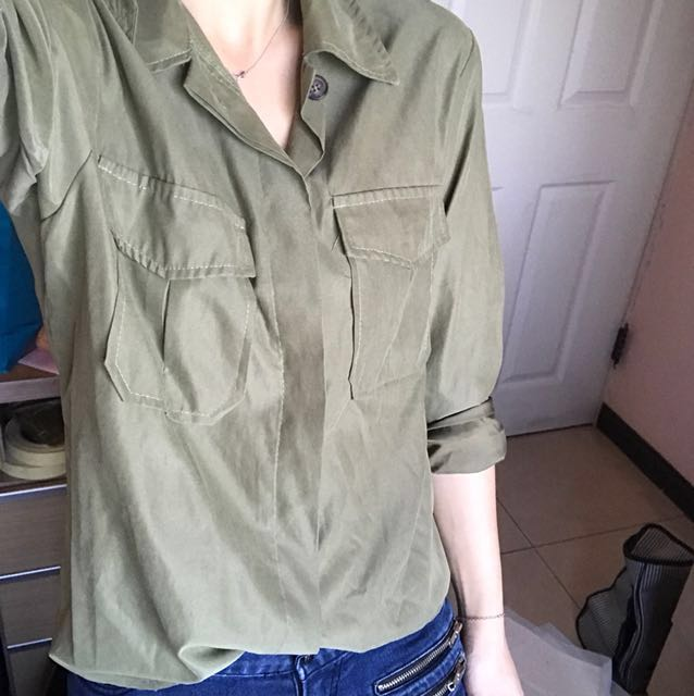 全新 韓國購入軍綠色襯衫