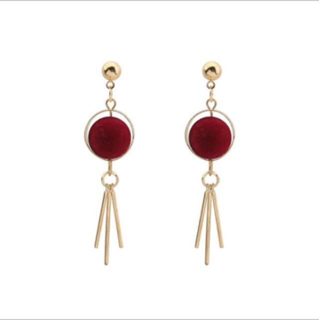 Anting Tassel Gold Round