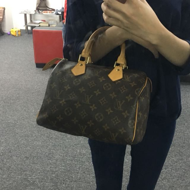 7dd70170eaaf Authentic Louis Vuitton SPEEDY 25 MONOGRAM