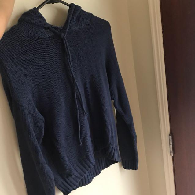 Blue hood knit sweater