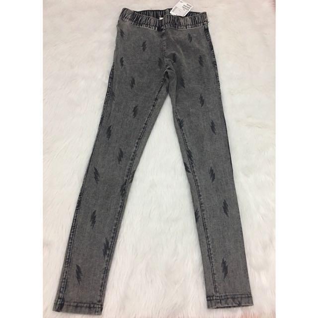 BRANDE NEW***H&M Skinny Fit Jeans