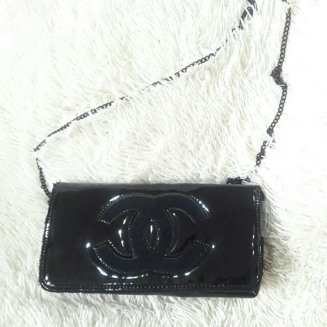 Chanel Gift Woc