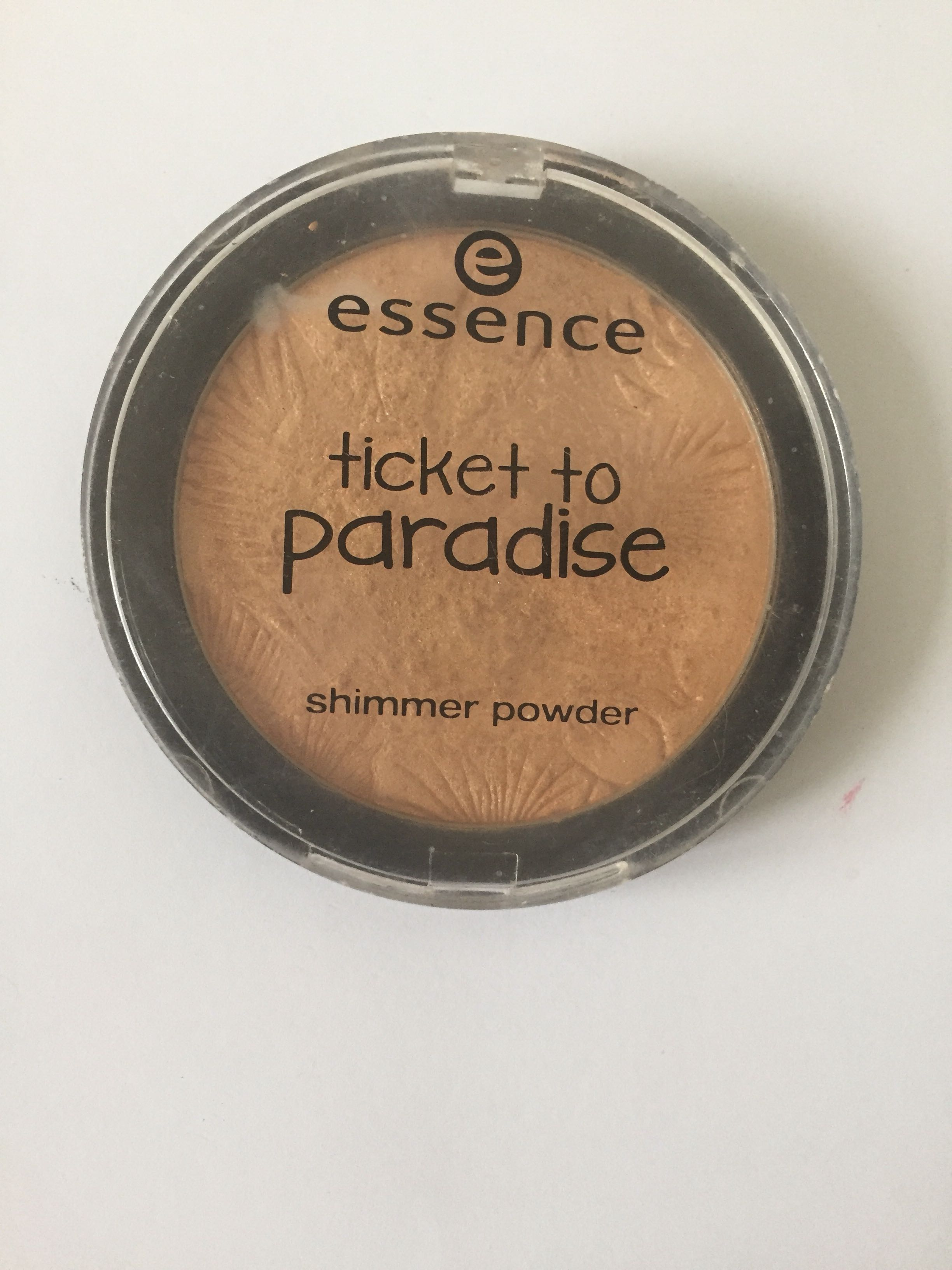 Essence Ticket To Paradise Highlighter