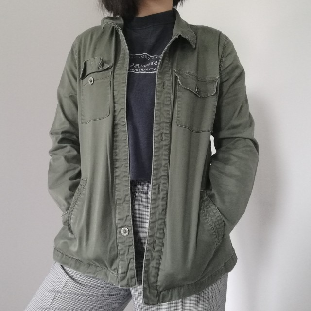 FOREVER 21 ARMY GREEN JACKET SIZE L