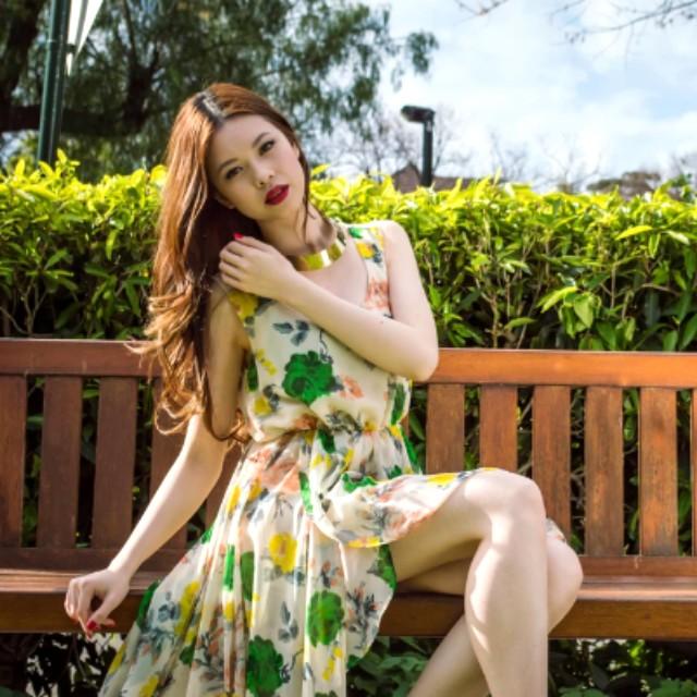 Glassons floral dress