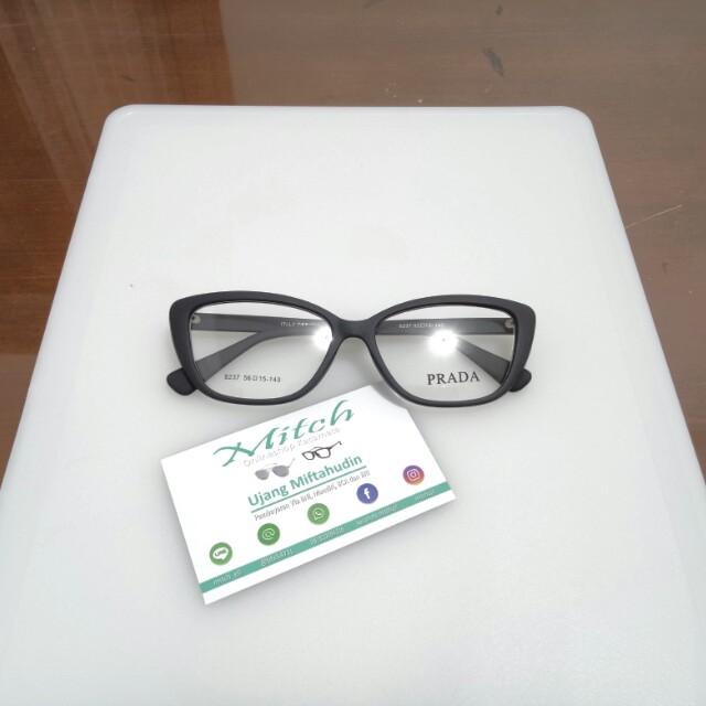 Kacamata 8237