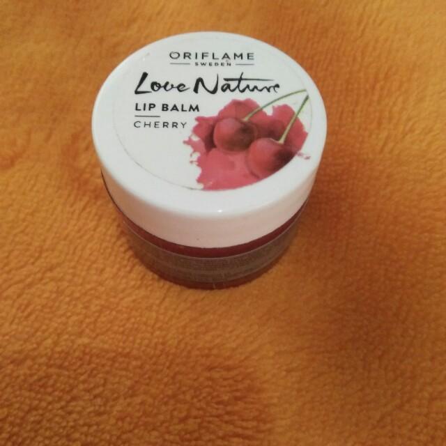 Lip balm cherry oriflame