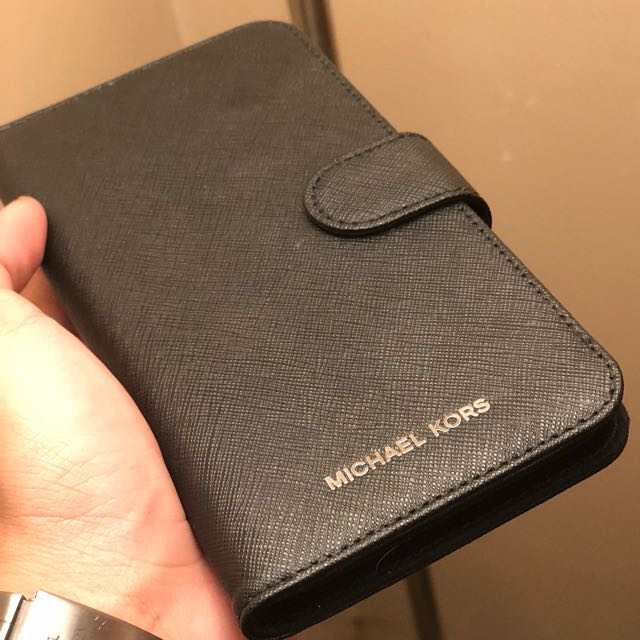 Michael Kors iphone 7+/8+ saffiano leather flip cover case in Black colour