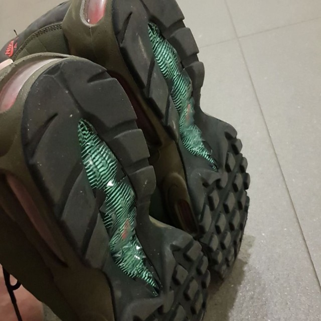 3ed690e1c8 Almost New Nike Airmax 90 Utility Hi-cut Green US12/ UK11, Men's Fashion,  Footwear, Sneakers on Carousell