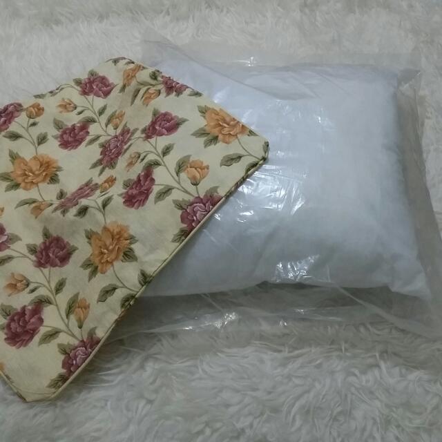 [NETT] Paket Bantal Sofa Dan Sarungnya