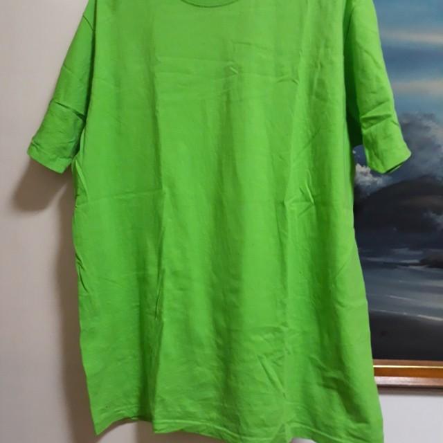 Bagsak PRESYO!!! PreLoved Unisex Round Nech Tshirt (Sandhu Brand - UAE  Brand)