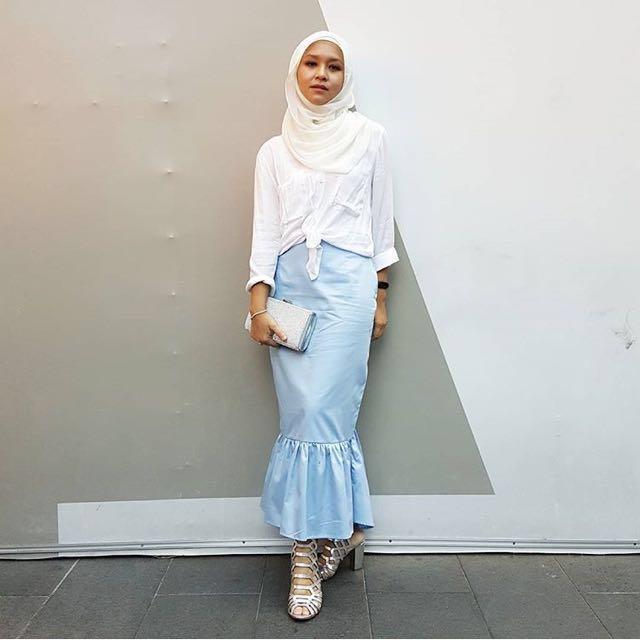 Reduce price!! blue skirt brand kupadio