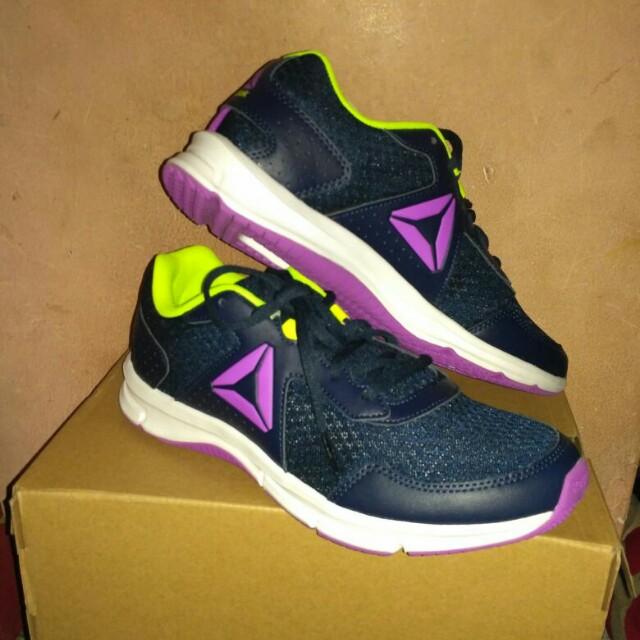 Reebok ori availabe size 38 , 39