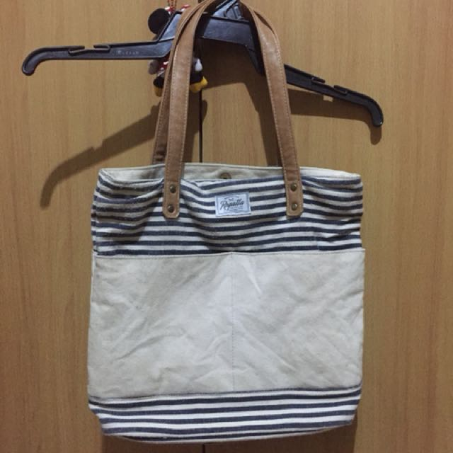 Regatta hand bag