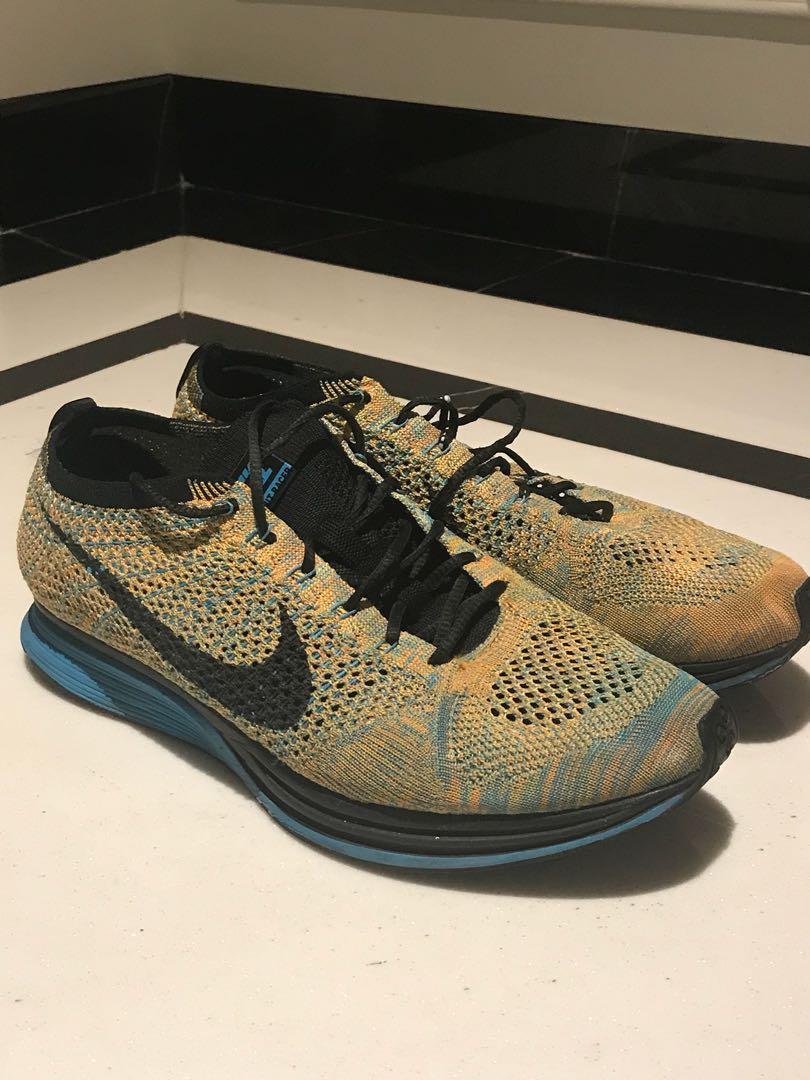 Sepatu Nike Flyknit Racer (ORIGINAL