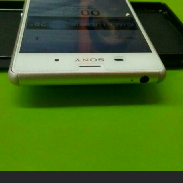 Sony Xperia E4G LTE - 8GB - EXCLUSIVE. Source · Share This Listing