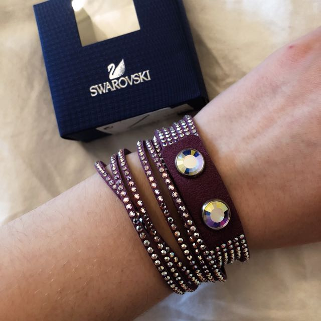 Swarovski leather wrap bracelet with crystals (authentic)